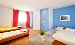 LYC Rooms Zagreb B&B