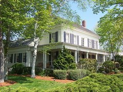 Captain Farris House Romantic Cape Cod Bed and Breakfast B&B
