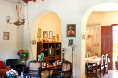Hostal Cesar e Irelia B&B