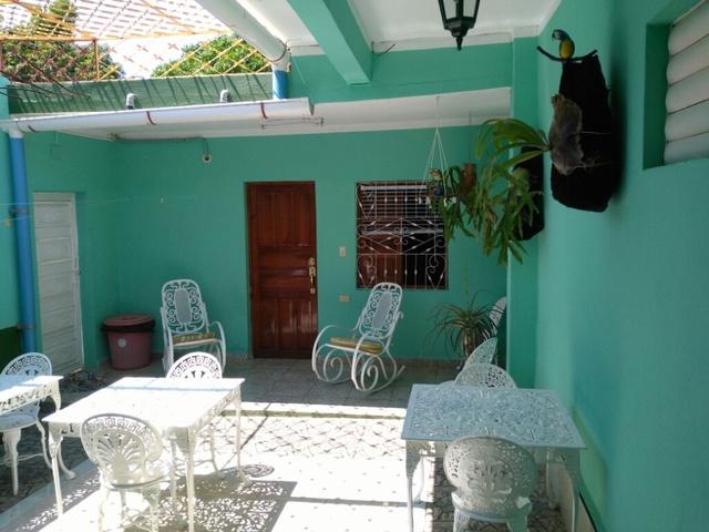 Hostal Casa Colonial Lyosman Y Yanin Trinidad Sancti